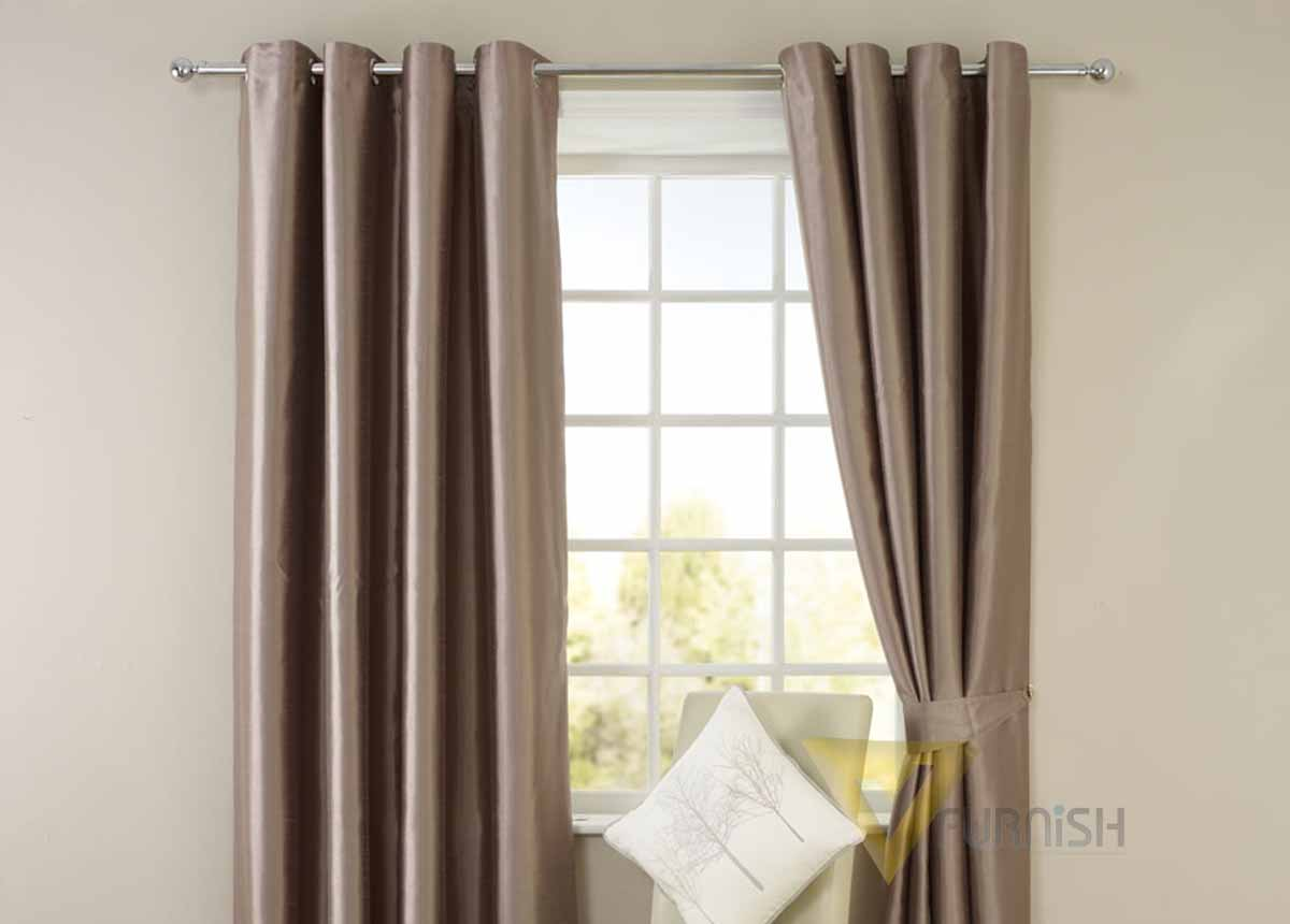 Pleated curtain